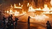 由杨紫参演的《烈火英雄》爆超燃幕后特辑,真实火情再现中国骄傲